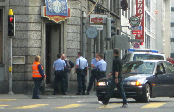 Stadtpolizei Z�rich an der Langstrasse Z�rich