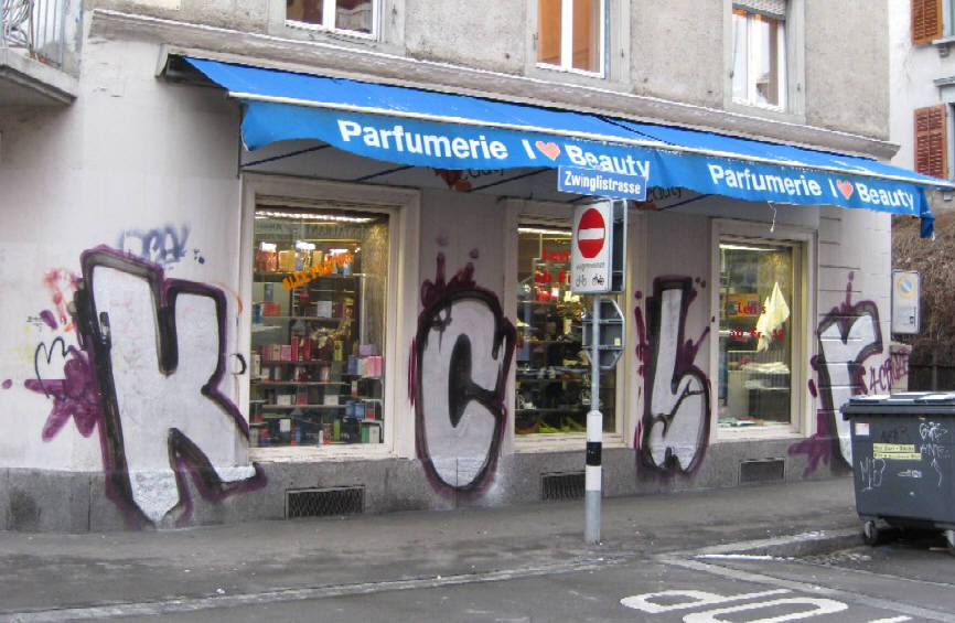 LANGSTRASSE Z�RICH KCBR GRAFFITI