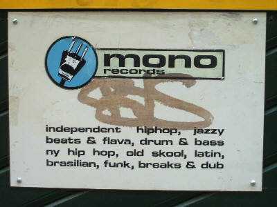 MONO RECORDS Z�RICH FROSCHAUGASSE  Z�RICH ALTSTADT. independent, hiphop, jazzy beats and flava, drum and bass, old skool, latin, brassilain, funk, breaks and dub